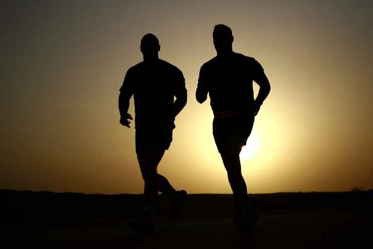 runners-silhouettes-athletes-fitness-39308.jpeg